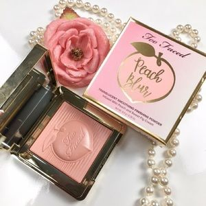 🌸Too Faced Peach Blur Finishing Powder🌸